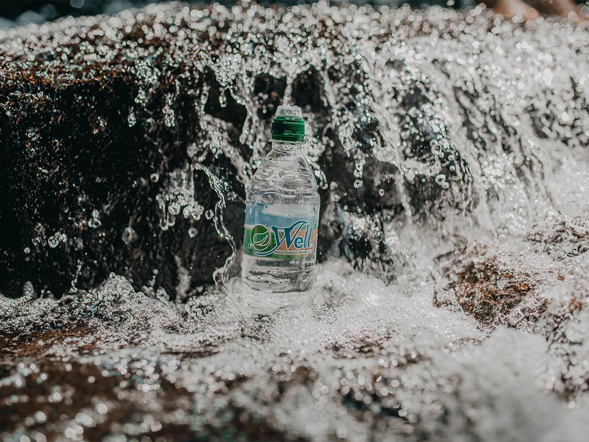 Bebidas Well entra al mercado con agua 100% pura de manantial